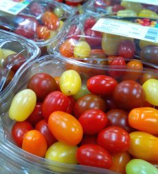 Offer: Mixed Colour Cherry Tomatoes (10 x 350g)